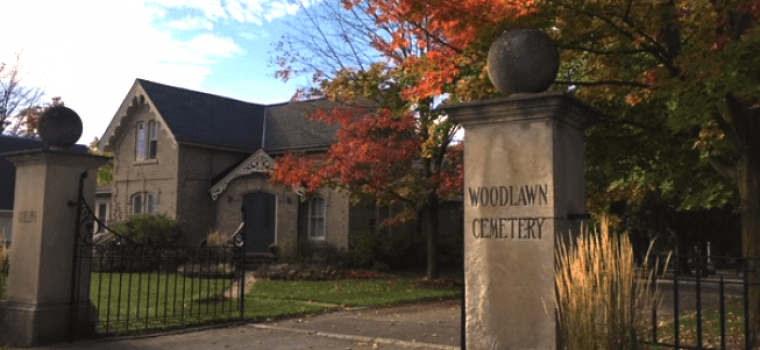 What Is The Difference Between A Cemetery and A Memorial Park?